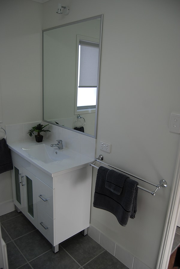 Premium_Res - Kent_1_Design - Bathroom Vanity (4)web