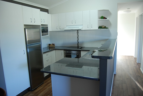 Premium_Res - Kent_1_Design - Kitchen (3)web
