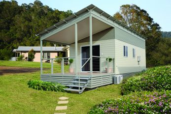 Silky Oak (Amended) Design, Display Cabin